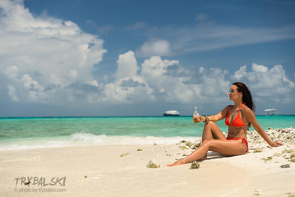 Końcówka roku na Malediwach. Powoli się przyzwyczajam do corocznych wyjazdów na Malediwy :). Było pracowicie, zabawowo, podwodnie, czasem wietrznie. I powiem Wam - niebieski uspokaja!