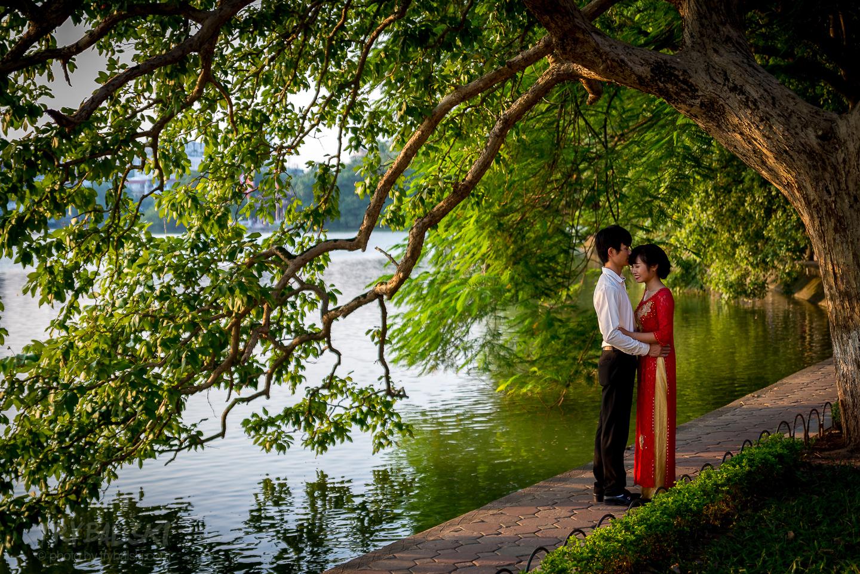 ...i romantyczne popołudnia również nad Hoan Kiem Lake