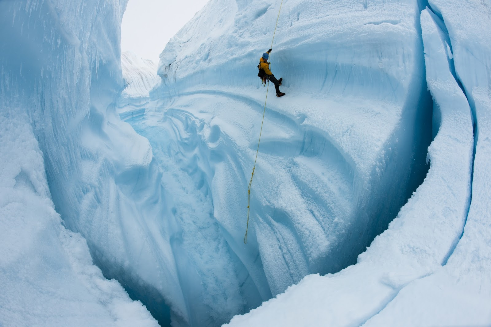 ChasingIce_filmstill2_by_James_Balog-Extreme_Ice_Survey2[1]