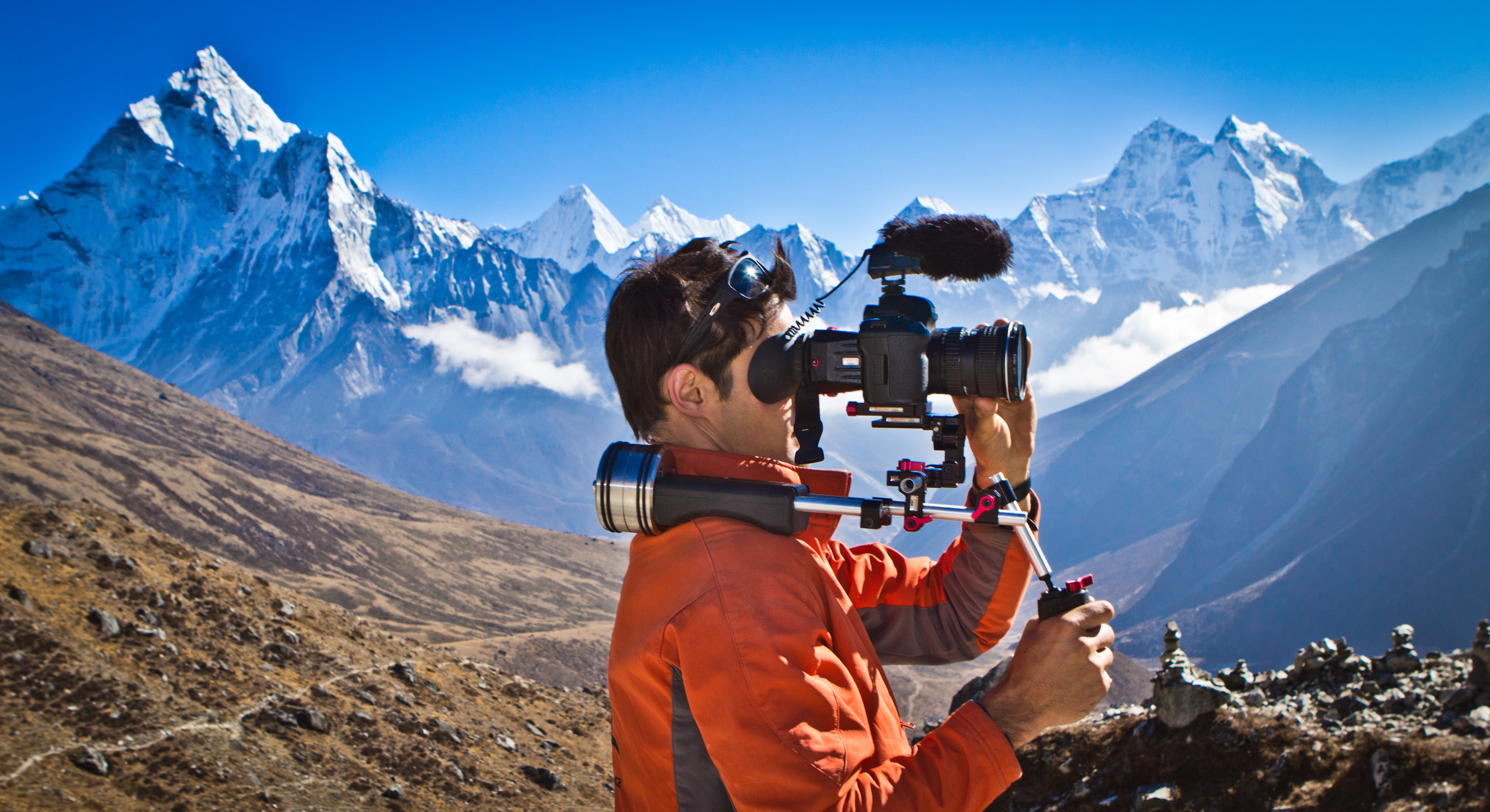 Zacto-and-Elia-in-the-Himalayas[1]
