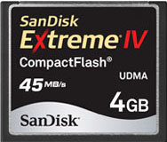 SanDisk Extreme IV. Górna półka pośród kart pamięci.